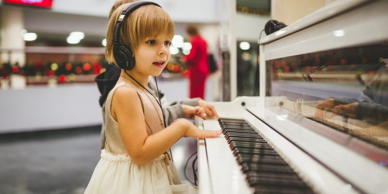 Musical Instruments for Kids: 4 Simple Suggestions